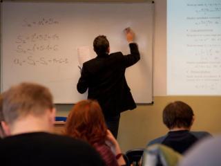 Przygotuj się do matury z matematyki - matura z matematyki kurs przygotowawczy powtórka matma podstawowa rozszerzona wsb